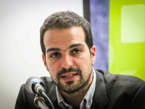 Γαβριήλ Σακελλαρίδης, Εκδήλωση, κέντρο