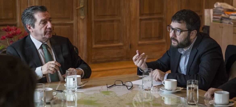 Συνάντηση του Νάσου Ηλιόπουλου με τον Γιώργο Καμίνη