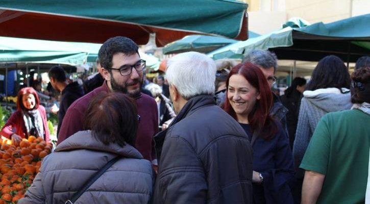 Ο Νάσος Ηλιόπουλος στα Σεπόλια, στη γειτονιά του Γιάννη Αντετοκούνμπο