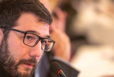 Νάσος Ηλιόπουλος: Περιμένω από τον λαλίστατο κ. Μπακογιάννη απάντηση για το σκάνδαλο που εμπλέκεται υποψήφιος δημοτικός σύμβουλός του