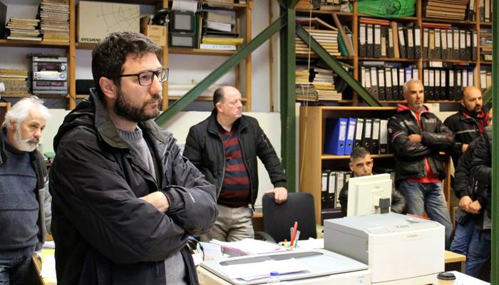 Ο Νάσος Ηλιόπουλος στη Διεύθυνση Ηλεκτρολογικού του Δήμου Αθηναίων: Απαξίωση της υπηρεσίας προς όφελος των εργολάβων