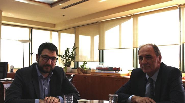 Συνάντηση Ν. Ηλιόπουλου και υπουργού Περιβάλλοντος και Ενέργειας με θέμα την καταπολέμηση της ενεργειακής φτώχειας