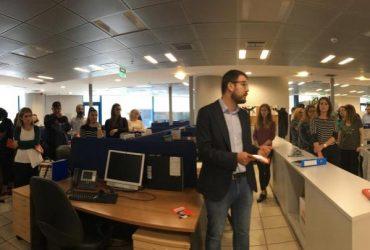 Επίσκεψη του Νάσου Ηλιόπουλου σε κατάστημα της Τράπεζας Πειραιώς στο κέντρο της Αθήνας